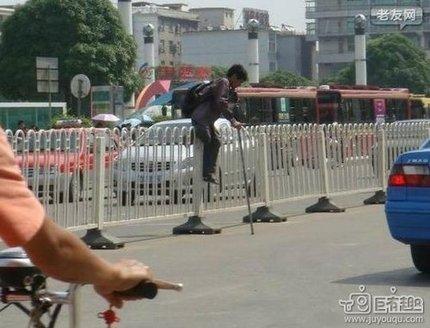 """中国的""""跨栏""""真是一代更比一代强"""